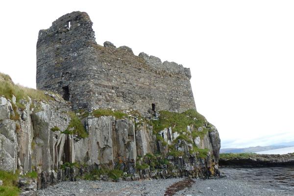 Mingary Castle seen from shingle beach