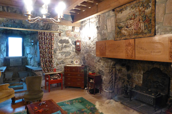 The grandiose second floor sitting room in Castle Stalker