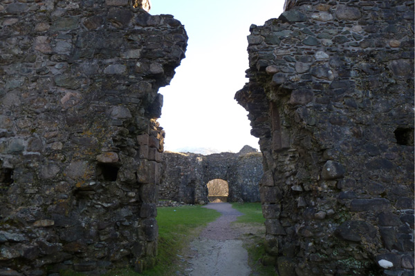 Old Inverlochy Castle- looking into quadrangular courtyard