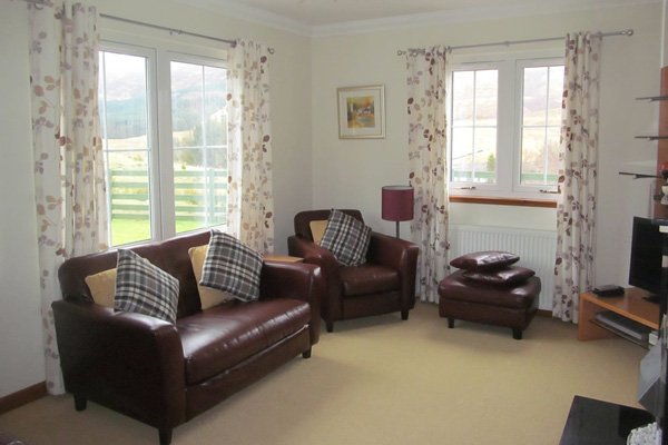 Brae Mhor Cottage - the comfortable sitting room