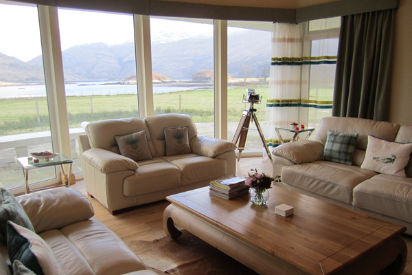 Coopers Knowe House - Lounge with views