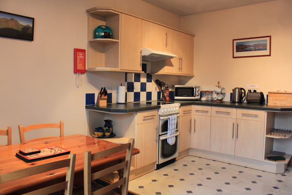 Whinburn Self Catering - Kitchen