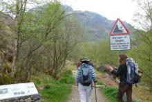 Setting out on the walk to An Steall
