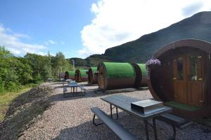 Blackwater Hostel, Glamping & Campsite