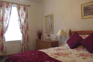 Glen Nevis Cottage - Double bedroom