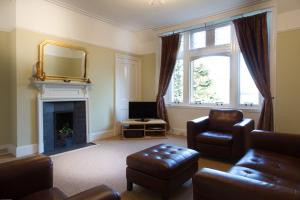 Ravenswood Self Catering - Living Room