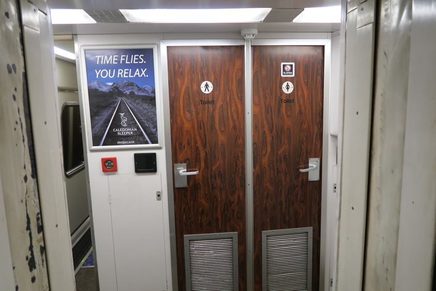 The Caledonian Sleeper - loos