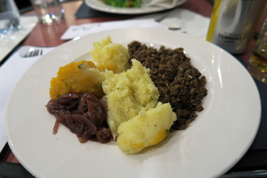 The Caledonian Sleeper - Haggis, neeps and tatties