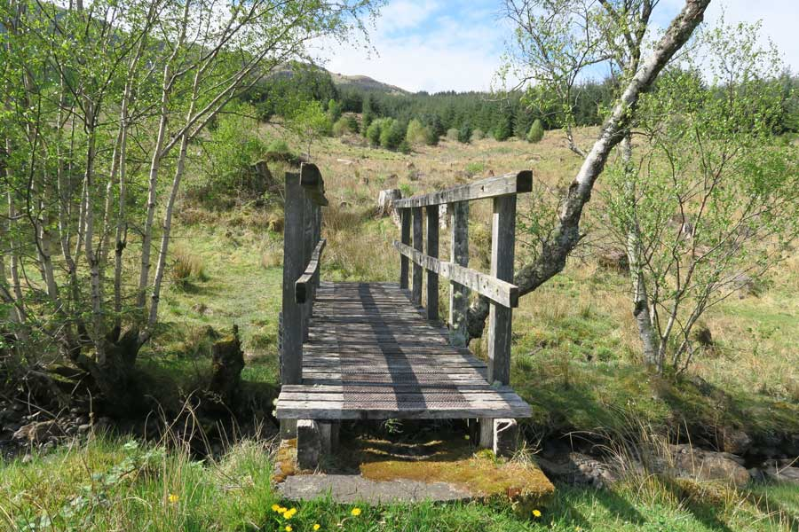 Aoineadh Mor - the bridge to the far side of the settlement