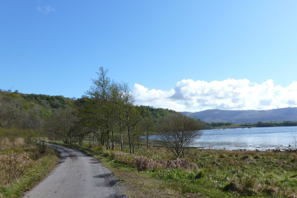 The road near the start of the walk to Ardtornish Castle