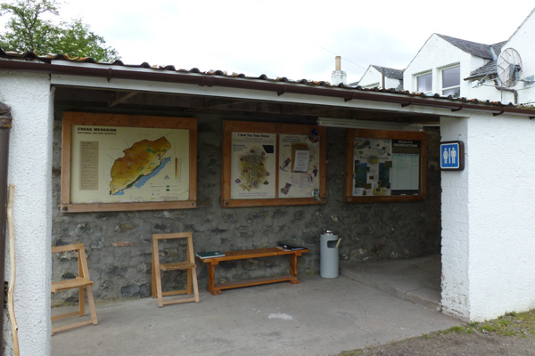 Information point and sightings board