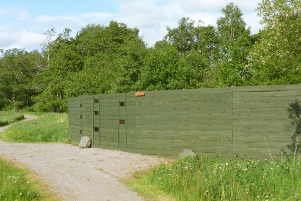 Bird blind on the An Sidhean Trail