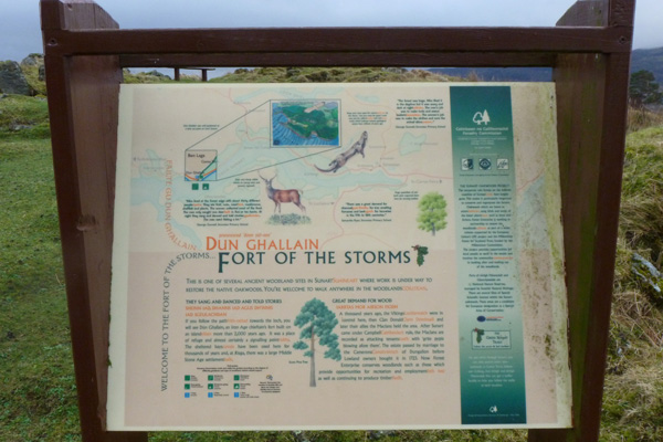 The information board at Dun Ghallain