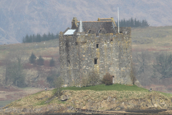 Castle Stalker built on the site a 14 century fortified building (fortalice)