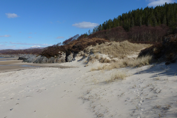The Singing Sands and heathland at Gortenfern