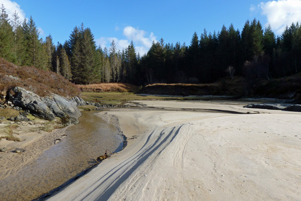One of the lovely beaches at Gortenfern accessible at low tide