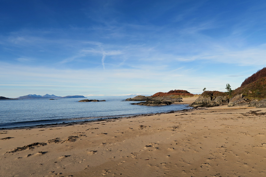 One of the lovely bays near Cul na Croise