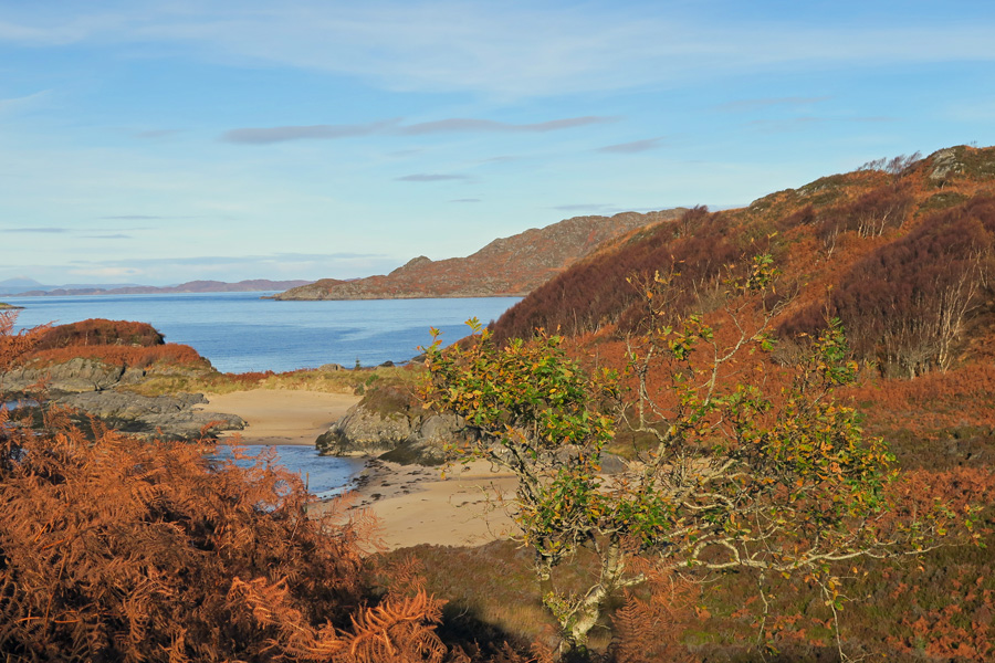 One of the bays near Cul na Criose - around 30 minutes walk from the main beach