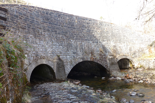The Glen Loy Aqueduct with its three arches