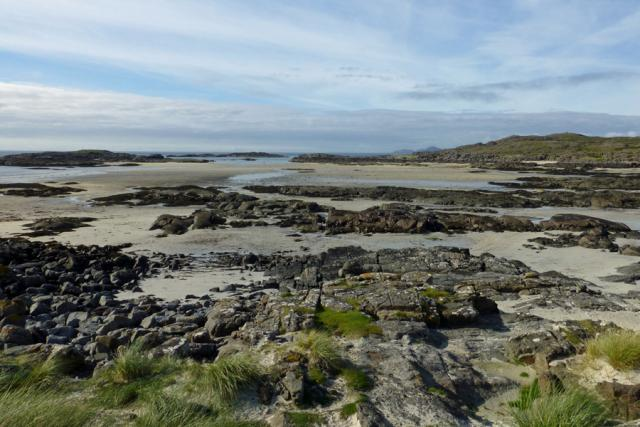 Sanna Bay - rocky outcrops and silvery sands