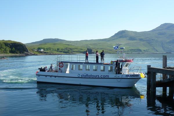 The MV Islander picking up at Kilchoan